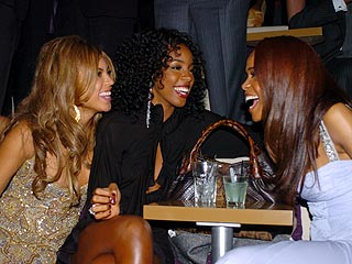 Beyonce Reunites with Destiny's Child