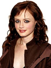 Sisterhood&#39;s Alexis Bledel | Alexis Bledel