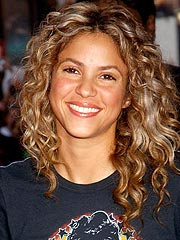 Shakira Shines at Latin Music Awards