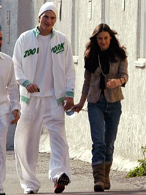 SHARING FAITH photo | Ashton Kutcher, Demi Moore
