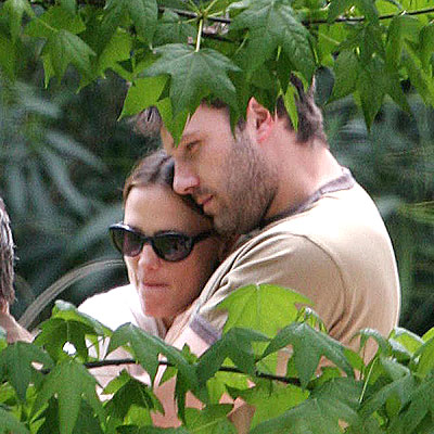 APRIL 24 photo | Ben Affleck, Jennifer Garner