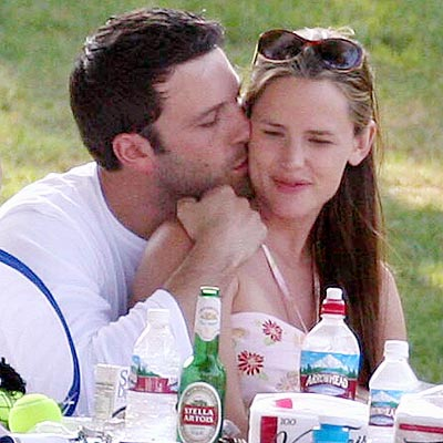 DEC. 1 photo | Ben Affleck, Jennifer Garner