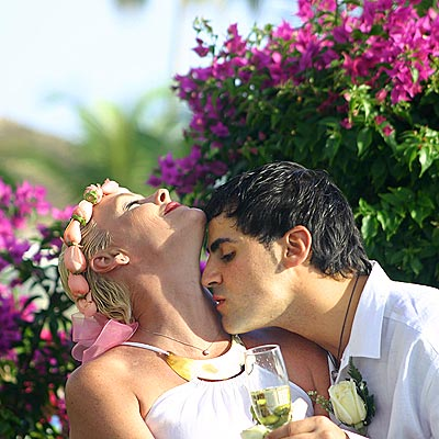 KISS TO REMEMBER photo | Brigitte Nielsen
