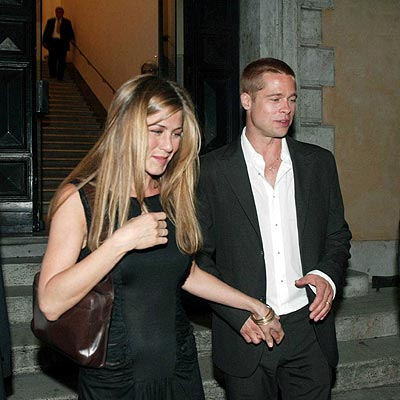 JUNE 2004 photo | Brad Pitt, Jennifer Aniston