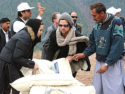 PAKISTAN photo | Angelina Jolie, Brad Pitt