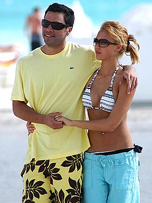 MIAMI BEACH photo | Cash Warren, Jessica Alba