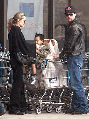 ANGELINA, BRAD & MADDOX photo | Angelina Jolie, Brad Pitt