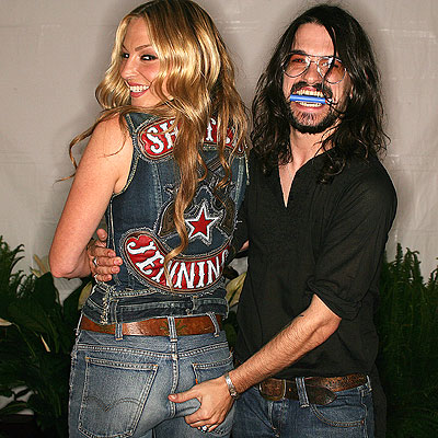 TIGHT GRIP photo | Drea de Matteo, Shooter Jennings