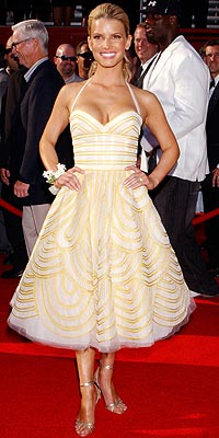 JESSICA SIMPSON: HIT photo | Jessica Simpson