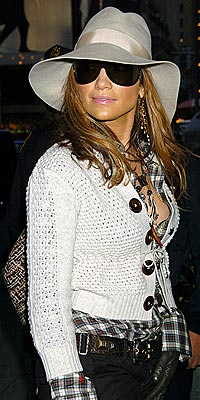 GOING INCOGNITO photo | Jennifer Lopez