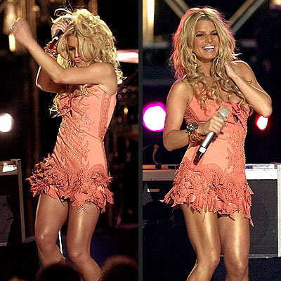 DANCING QUEEN photo | Jessica Simpson