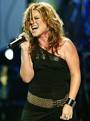 All About Kelly Clarkson - ROCK ON - Kelly Clarkson   People Kelly Clarkson See Through