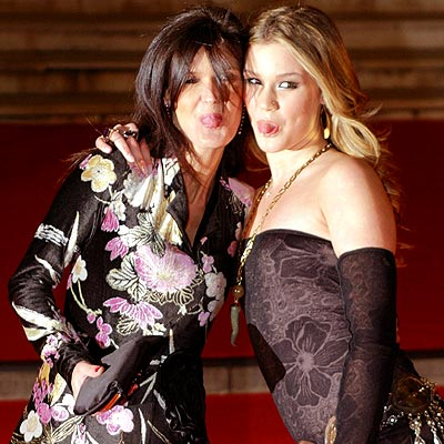 Stars And Their Moms Joss Stone Amp Wendy Stoker People Com