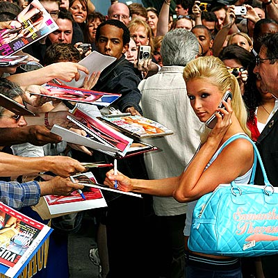 FAN-DEMONIUM photo | Paris Hilton
