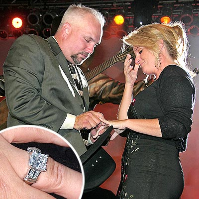 ... Back > Gallery For > Garth Brooks And Trisha Yearwood Wedding Photos