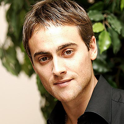 STUART TOWNSEND photo ...