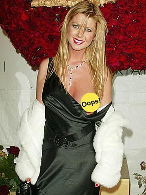 OVEREXPOSED photo | Tara Reid