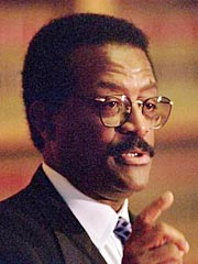 O.J. Lawyer Johnnie Cochran Dies at 67
