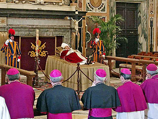 Cardinals Gather to Plan Pope's Funeral | Pope John Paul II