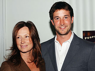 Noah Wyle & Wife Have a Girl | Noah Wyle