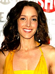 What a Feeling: Jennifer Beals Pregnant
