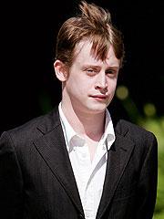 Macaulay Culkin Denies Jackson Molested Him