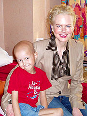 Angelina Jolie Visits Young Cancer Patient| Angelina Jolie, Producers Class