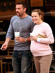 Jen & Ben's Baby Girl Arrives| Birth, Ben Affleck, Jennifer Garner