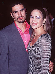 who was jennifer lopez first husband