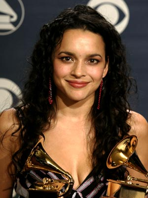 NORAH JONES: WORST photo | Norah Jones
