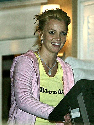 PUMP IT UP photo | Britney Spears