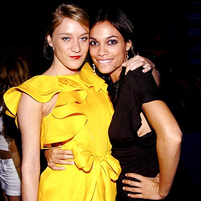 ALL GROWN UP photo | Chlo\u00EB Sevigny, Rosario Dawson