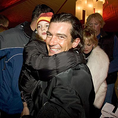 WINTER FIESTA photo | Antonio Banderas