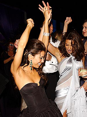 DESPERATE MOVES photo | Eva Longoria, Teri Hatcher