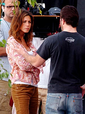 ON-SET DRAMA photo | Jennifer Aniston
