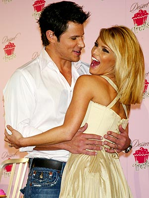 SWEET MOMENT photo | Jessica Simpson, Nick Lachey