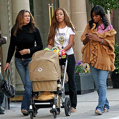 BABY STEPS photo | Kelly Rowland, Solange Knowles, Tina Knowles