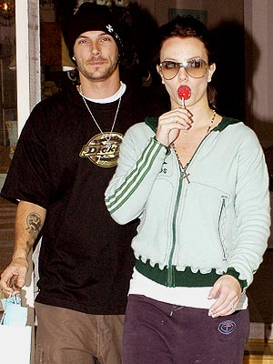 SWEET TREAT photo | Britney Spears, Kevin Federline
