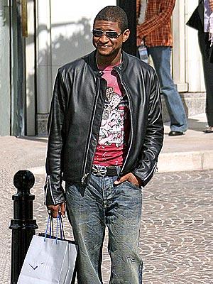 WINNING SMILE photo | Usher