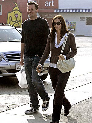 FRIENDS, INDEED photo | Courteney Cox, Matthew Perry