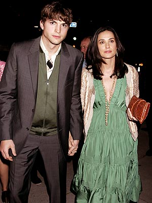 SUPPORTING ROLE photo | Ashton Kutcher, Demi Moore