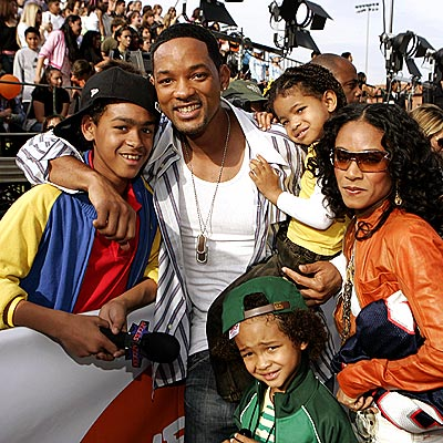 will smith family. will smith family photo. will