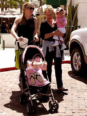 GIRLS DAY OUT photo | Denise Richards