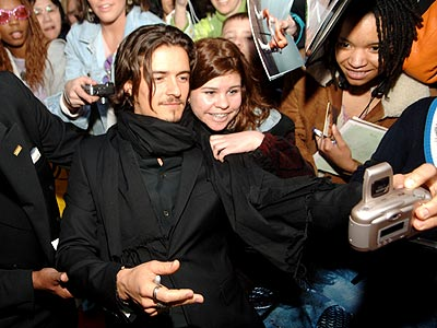 SNAP HAPPY photo | Orlando Bloom