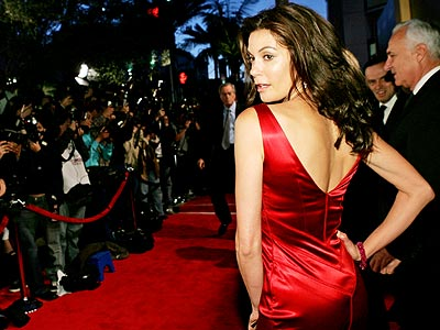 SEEING RED photo | Teri Hatcher