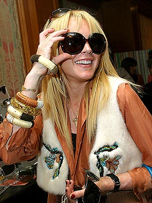 NECESSARY ACCESSORY photo | Lindsay Lohan