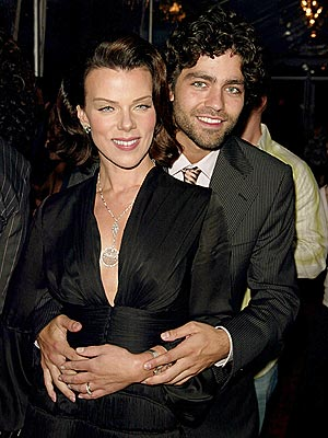 HOLLYWOOD STYLE photo | Adrian Grenier, Debi Mazar