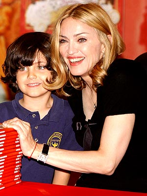 LOTSA LOVE photo | Madonna