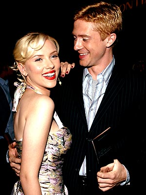 TOPHER'S TROPHY photo | Scarlett Johansson, Topher Grace