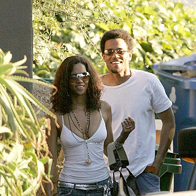 WELL-MATCHED photo | Halle Berry, Michael Ealy